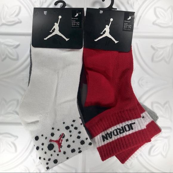 Nike Air Jordan Quarter Kids/' Red//Black//White Socks for Shoe Size 5Y-7Y~ 3 Pairs